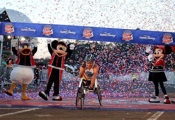 walt disney 2013 ganador silla de ruedas