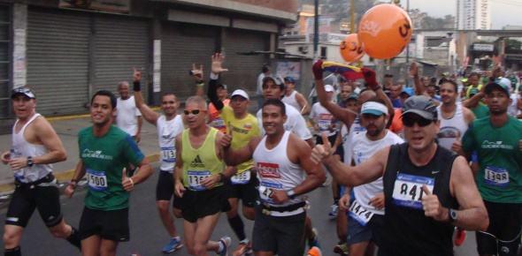 Conoce a tus Pacers de 42K para CAF-Caracas 2014 (Ven)