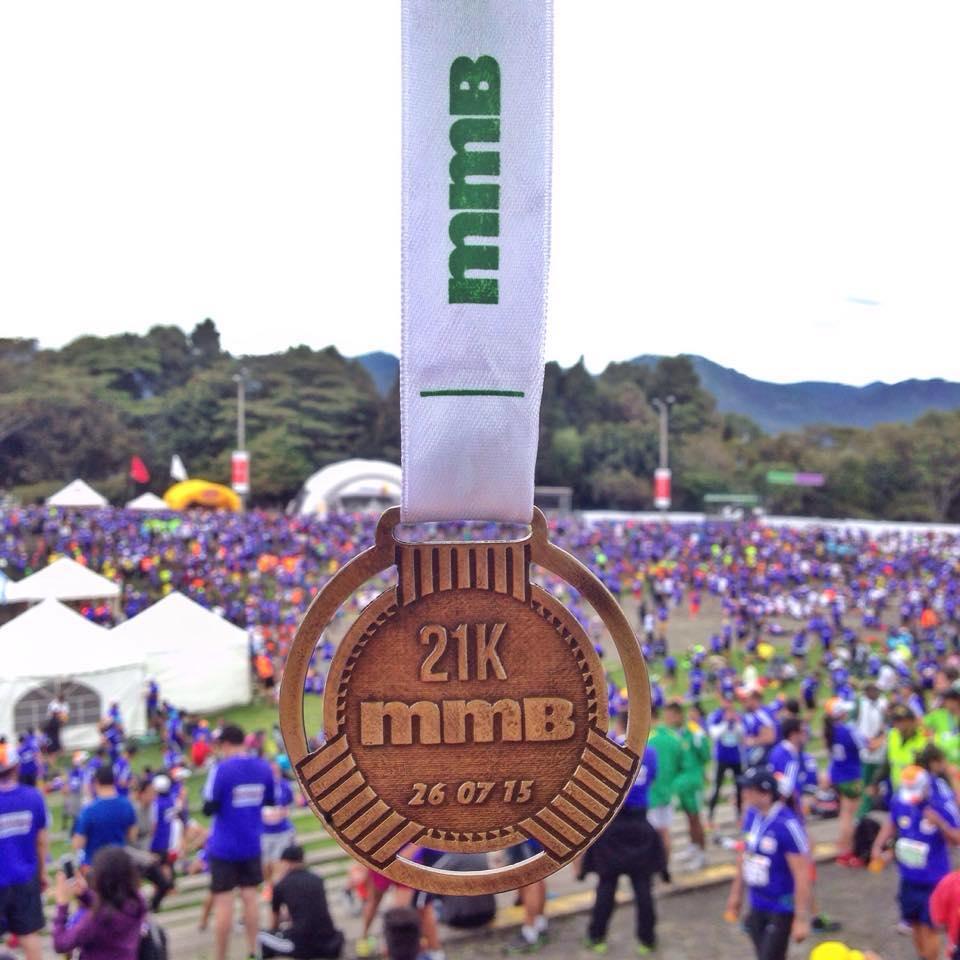 medalla media maraton de bogotá