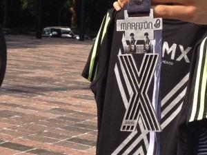 playera y medalla CDMX