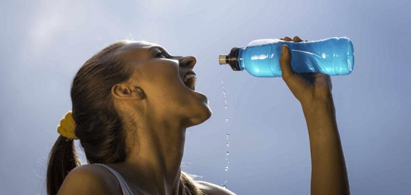 Cómo calcular la pérdida de líquido durante una competencia
