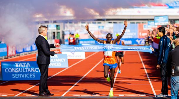 Maratón de Amsterdam con nuevo récord masculino
