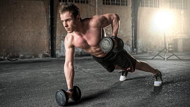 5 ejercicios para fortalecer músculos en casa