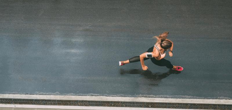cuantos kilometros debo correr ala semana para bajar de peso