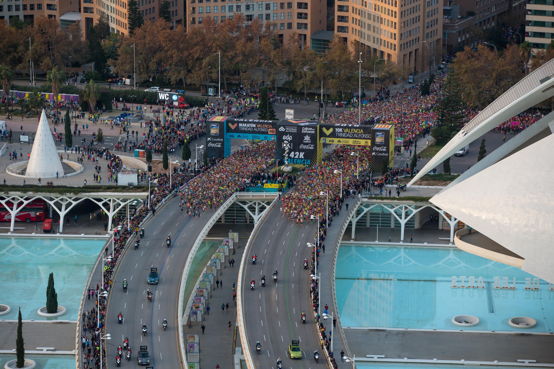 El Maratón Valencia bate su propio récord de finishers con más de 21 600 llegados a meta