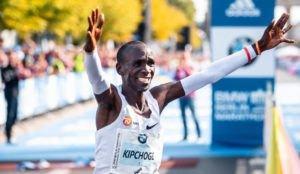 Eliud Kipchoge en el Maratón de Berlín de 2018