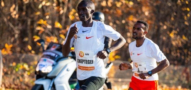 Joshua Cheptegei busca record del mundo por Soy Maratonista